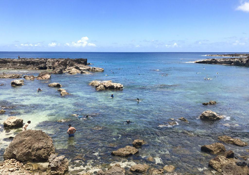 HAWAII Sharks Cove Snorkeling natural pool