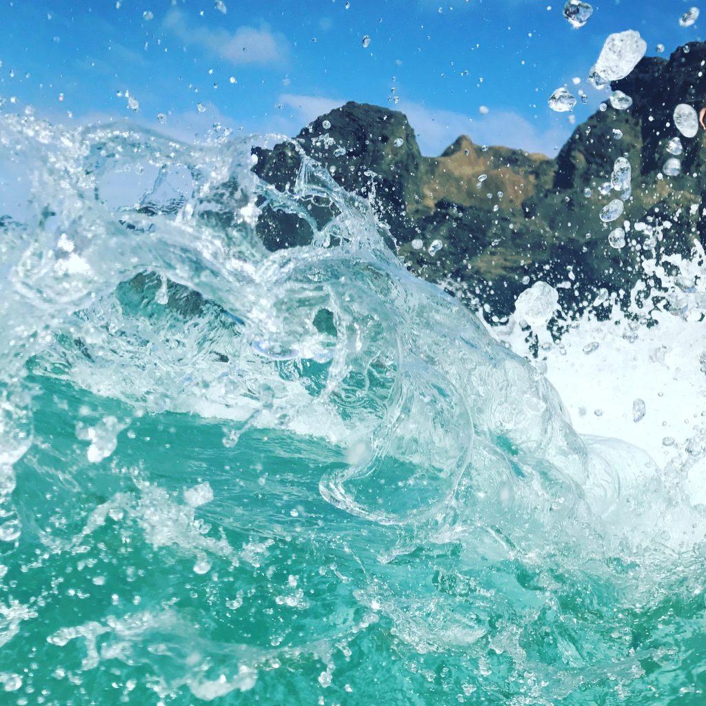 hawaii blues cyan waters
