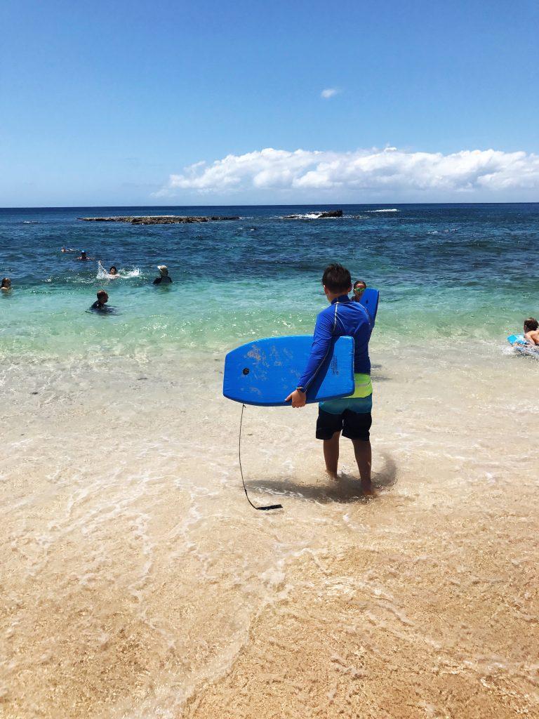 hawaii blues son with boogies board